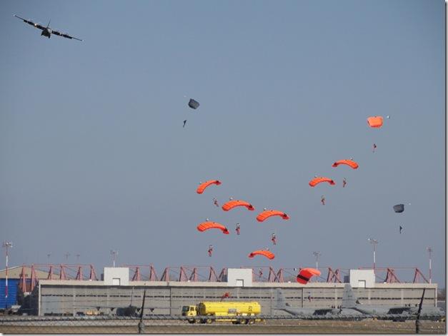 SAR,Search and rescue,8 Wing,CFB Trenton,424 Squadron 424 (Tiger) Squadron