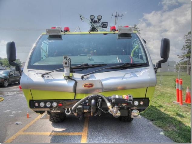 8 Wing,CFB Trenton,Air Force, KME crash truck,air deployable, crash truck
