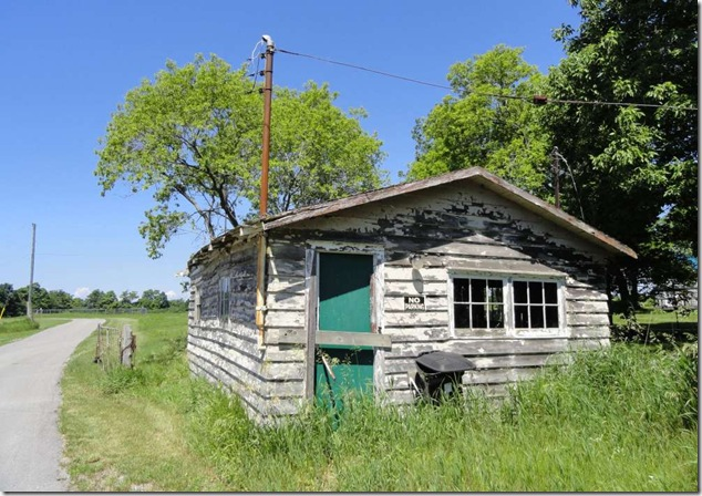 back roads Ontario,Prince Edward County,shack,cabin