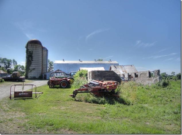 history,A vanishing Ontario,farm,barn,silo,tractor