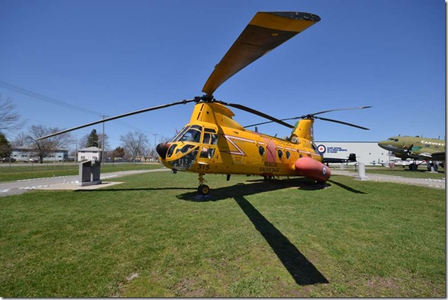 SAR,helicopters,search and rescue,Bell Iroquois, CH-118,Boeing-Vertol Model 107-II-28, CH-113A Labrador