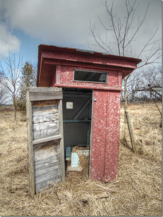 Darlington,farms,history,outhouse