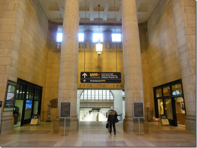 Toronto,Union Station,VIA,CN,Go Train,rail