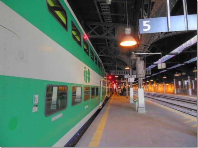 Union Station,GO Train,rail,Toronto
