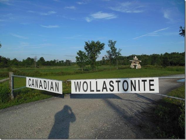 Wollastonite,inuksuk,Canadian Wollastonite